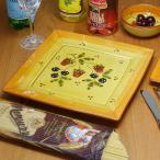 ポルトガル製  いちご柄 角プレート(皿)L 置くだけで食事を楽しく!