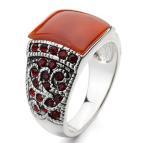 指輪 リング K18 大人の余裕を感じさせる素敵な逸品/ アンティーク調レッド彩石刻花リング