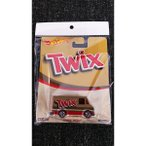 HOT WHEELS  POP CULTURE SERIES MARS CANDIES TWIX COMBAT MEDIC