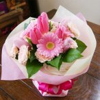 チューリップ 花瓶のいらない花束 ブーケ ピンク