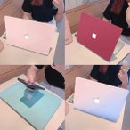 ノートパソコン用プラスチックカバー キーボード保護シート付き カラフルなパソコンカバー 傷防止カバー MacBook Pro /MacBook Air 英語配列