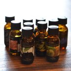 【フレグランス】リラックス&リフレッシュ★貴方のお好きな香りで癒しのひとときを・・・種類が豊富で人気のアロマオイル★アロマオイル