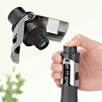 泡キープ!ボタンをプッシュし空気を送りこみ炭酸の抜けを防止。