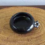 プルメリアのワンポイントが可愛いアジアン 灰皿 タバナン焼き 黒 陶器 バリ アジアン雑貨 タバコ トレイ おしゃれ