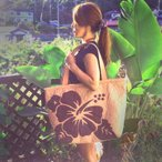 Hawaiianquiltハワイアンキルトバッグ ハイビスカス柄スクエアートートバッグ 大 ベージュ