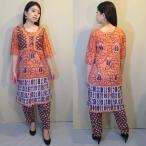 pnb826 パンジャビドレス インド民族衣装 ボレロ風サーモンピンクのドレス バティックプリントがナチュラルなトップ・パンツの2点セット