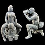 現用アメリカ軍 女性兵士&戦場ジャーナリスト(2体入)  US Woman Soldier -War Journalist  1/35