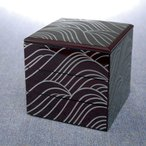 紀州塗り 4.5寸 三段 重箱 しろがね 大型 弁当箱 おしゃれ 3段 お重箱 かわいい おせち 正月 花見