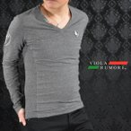 VIOLA rumore ヴィオラルモア Tシャツ Vネック ロゴワッペン 長袖 Tシャツ メンズ(チャコールグレー灰) 61200