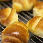 無添加・天然酵母 バターロール 8個入|しんさんのパン屋