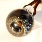 銀河ガラス 85◆ブラック ゴールド シルバーラウンド 宇宙ペンダント 宇宙ガラス ガラス細工 チョーカー 惑星 ギフト