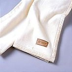 ★肌にやさしい無漂白無着色シルク100%毛布★