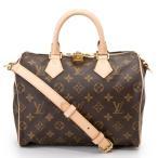 旅行用のバッグに最適なサイズ感です!一泊二泊程度には最適ですよ!デイリーのショルダーやハンドバッグに...