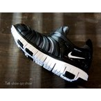 ナイキ NIKE キッズモデル スニーカー 靴 DAYNAMO PS FREE ダイナモ フリー PS ブラック ホワイト 343738-013