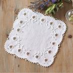 白糸刺しゅうとは、布と糸を白で統一して刺す、繊細で可憐な一色刺しゅうです。白糸刺しゅうに必要なリネン...