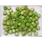 ウッドビーズ 約7.5x7.5mm 四角 ライトグリーン うすい緑色 40個 45-LGR