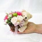 母の日 花 プレゼント 母の日ギフト 誕生日プレゼント 女性 花 プレゼント 彼女 プリザーブドフラワー バラと子ぐま フラワーアレンジメン