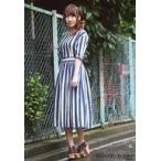 中古生写真(女性) 仁藤萌乃/全身・衣装青・白・左向き