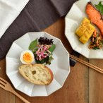 凛花(リンカ)お皿(大) 21cmプレート 皿 中皿 デザート皿 サラダ皿 盛り皿 パン皿 パスタ皿 モーニングプレート 手造り ハンドメイド おしゃれ