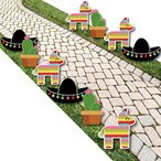レッツ Fiesta - ピニャータ, Cactus and Sombrero Lawn デコレーション - アウトドア Mexican海外取寄せ品