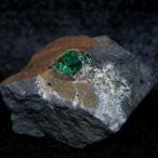 エメラルド 母岩付き原石 コロンビア産  重さ:約73g   q2202