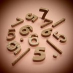 木製切文字 数字 栗3cmの木の文字