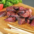 Ostrich Meat - ポイント消化 竹串付き味付け ダチョウ肉 キューブ 150g 無添加 肉串 ケバブ 駝鳥 串焼き オーストリッチ