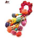モン族ビーズとぽんぽんのシュシュ 濃いピンク系カラフル / エスニック アジア インド アクセサリー アンクレット ピアス リング