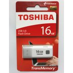 【USBメモリ】 16GB 東芝 TOSHIBA USB3.0 メモリーカード PC 海外パッケージ品 ◎