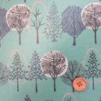 綿麻ハーフリネンキャンバス生地 北欧の森・木柄  (グリーン) ラミネート ツヤ消し