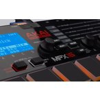 Akai Professional サンプラー 16パッド SDカードスロット MPX16