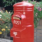 ポスト 新聞受け スタンド アンティーク 庭 郵便受け 玄関 ガーデニング 素焼 スタンド型 郵便ポスト 赤 レッド 懐かしい レトロ 丸型