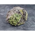 ペリドット(Peridot, かんらん石)原石 San Carlos, Globe, AZ, USA 産 寸法 : 75.1X62.1X44.6mm/224g