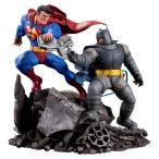 DC コレクターズ ダークナイト リターンズ: スーパーマン Vs. バットマン フィギュア