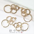 チャーム 4つのリングチャーム 2カン付 真鍮製 ゴールド 29.7mm 4個 アクセサリーチャーム ピアス イヤリング ネックレス 約3cm アクセサリーパーツ パーツ