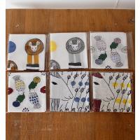 「絵と木工のトリノコ」として、イラストレーション・木彫り作品などを制作している五十子友美さんデザイン...