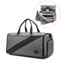 シワ防止メインバッグ 折り目なしのメインバッグ、コート、スーツ、ジャケットなどを入れることができます...