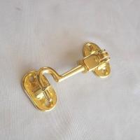ドアや扉に、鍵またはあおり止めとして取付ける真鍮製金具です。とてもしっかりした造りになっています。上...