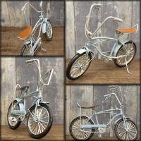 本物そっくりのミニチュアのブリキ自転車♪ ビンテージカー バイシクル(ブルー) です。 ブリキで出来...