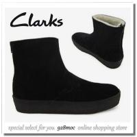 クラークス メンズ ブーツから、リアルムートンを使用した人気のショートタイプのムートンブーツが再入荷...