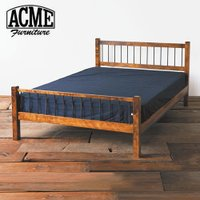 ACME Furnitureオリジナルのベッフレーム。ウッドとアイアンのコンビネーションが大人っぽく...
