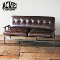 ACME Furnitureオリジナル、GRAND VIEWシリーズのソファ。ウッドとアイアンの組み...