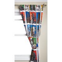 スター・ウォーズのアメコミ風キャラクターデザインのカーテン2枚セットです。マイクロファーバーで触り心...