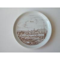 ドイツ、フュルステンベルグ窯の絵小皿です。  蚤の市で見つけた品です。 西ドイツ時代のものと思われま...