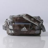 【商品名】 【公式】adidas アディダス OPS (オプス) SHIELD ボディバッグ 6L ...