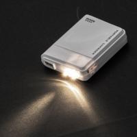 【USB充電器/乾電池式/ライト付き/防災グッズ/格安/ノベルティ/小ロット】 乾電池式USB充電器|ads|04