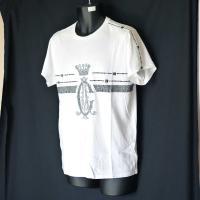 クリスチャンオードジェー Tシャツ メンズ 半袖 丸首 メタルロゴ/ホワイト 白 B9DBHJEM ラインスタッズ  Christian Audigier 5015