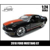 2010 FORD MUSTANG GT!  信頼のブランドJadaToys社で作られた、細部までこ...