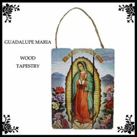 メキシコの聖母グアダルーペのウッド素材飾りです。 3枚の板は裏面でくっついています! ウッド素材なの...