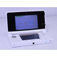 ●携帯ゲーム機 ニンテンドー3DS ピュアホワイト  [付属品] 充電台、タッチペン、ARカード、説...